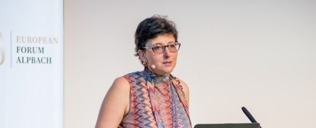 Julia Hobsbawm speaking at an event