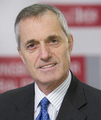 Andrew Cahn Speaker