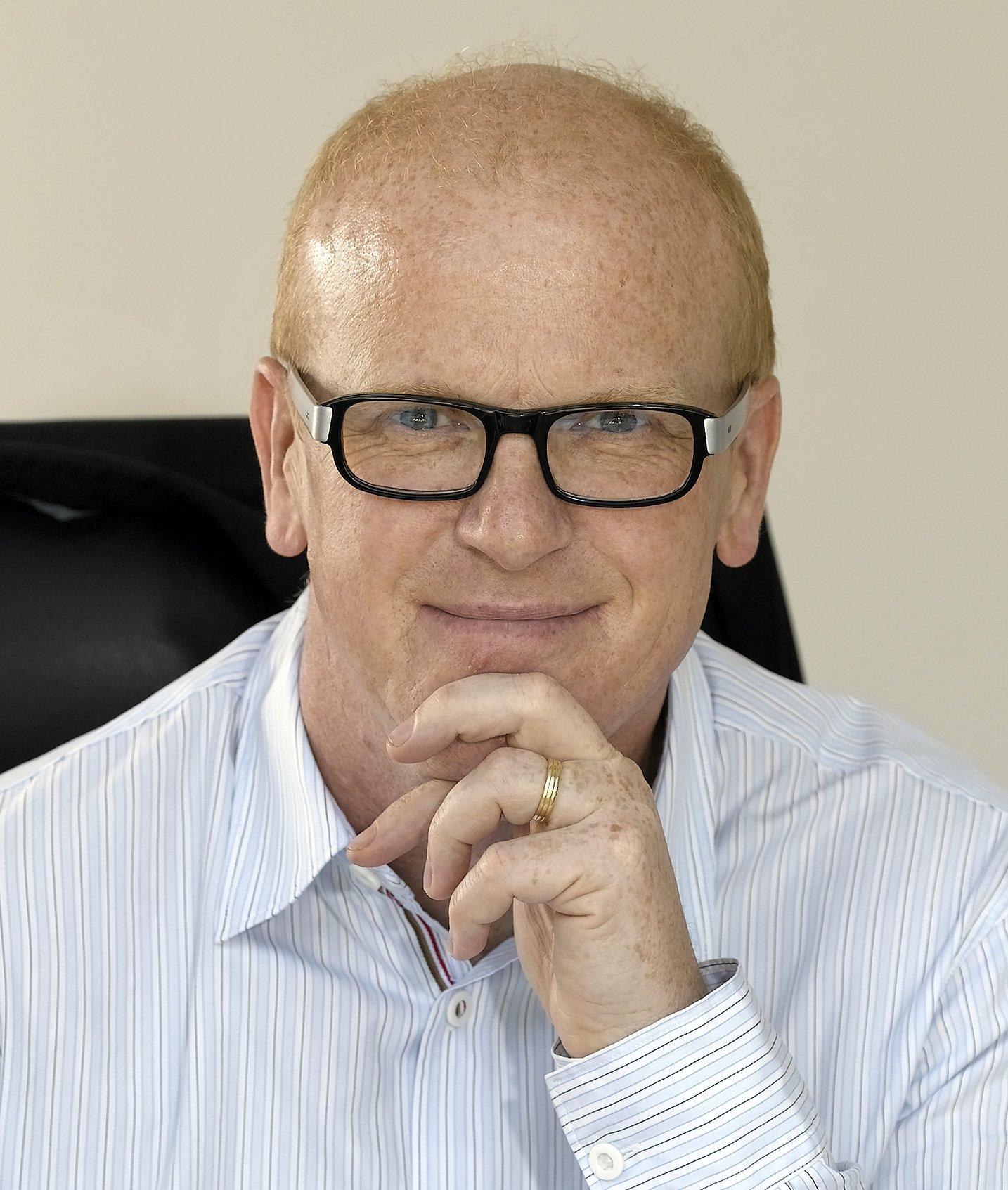 Charles Leadbeater speaker