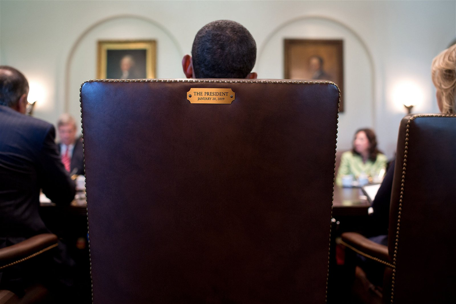 Axis of Strategy - Obama gives a cabinet meeting - Photo by Pete Souza