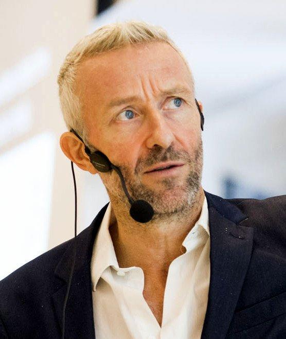 Ola Ahlvarsson speaker