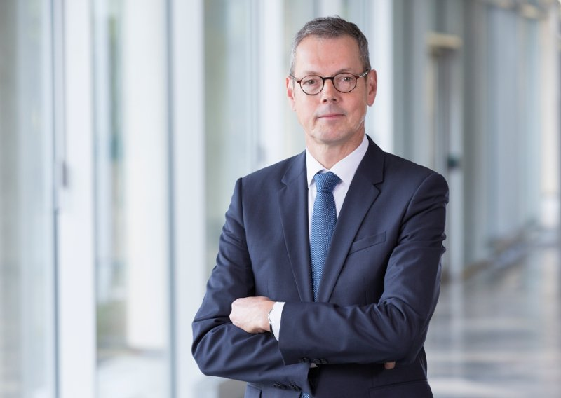 Influential German Economist Peter Bofinger Keynote speaker
