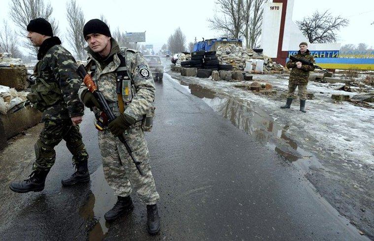 Don't Arm Ukraine - Photo via WSJ - CC BY 2.0