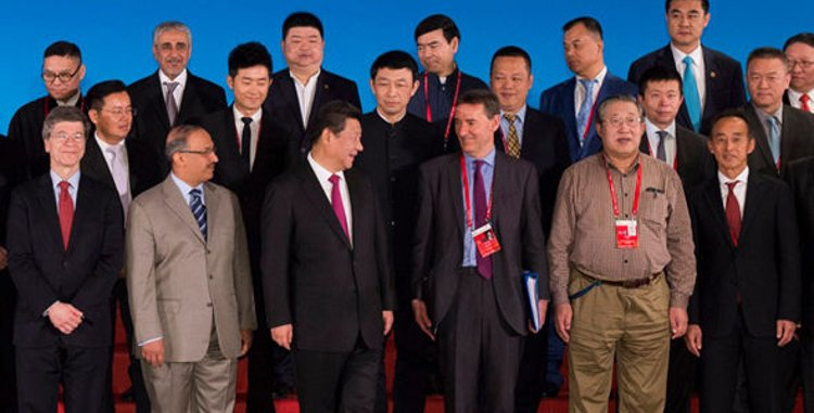 Brics banker Jim O'Neill goes to war on superbugs - Official Boao Photo [alt]
