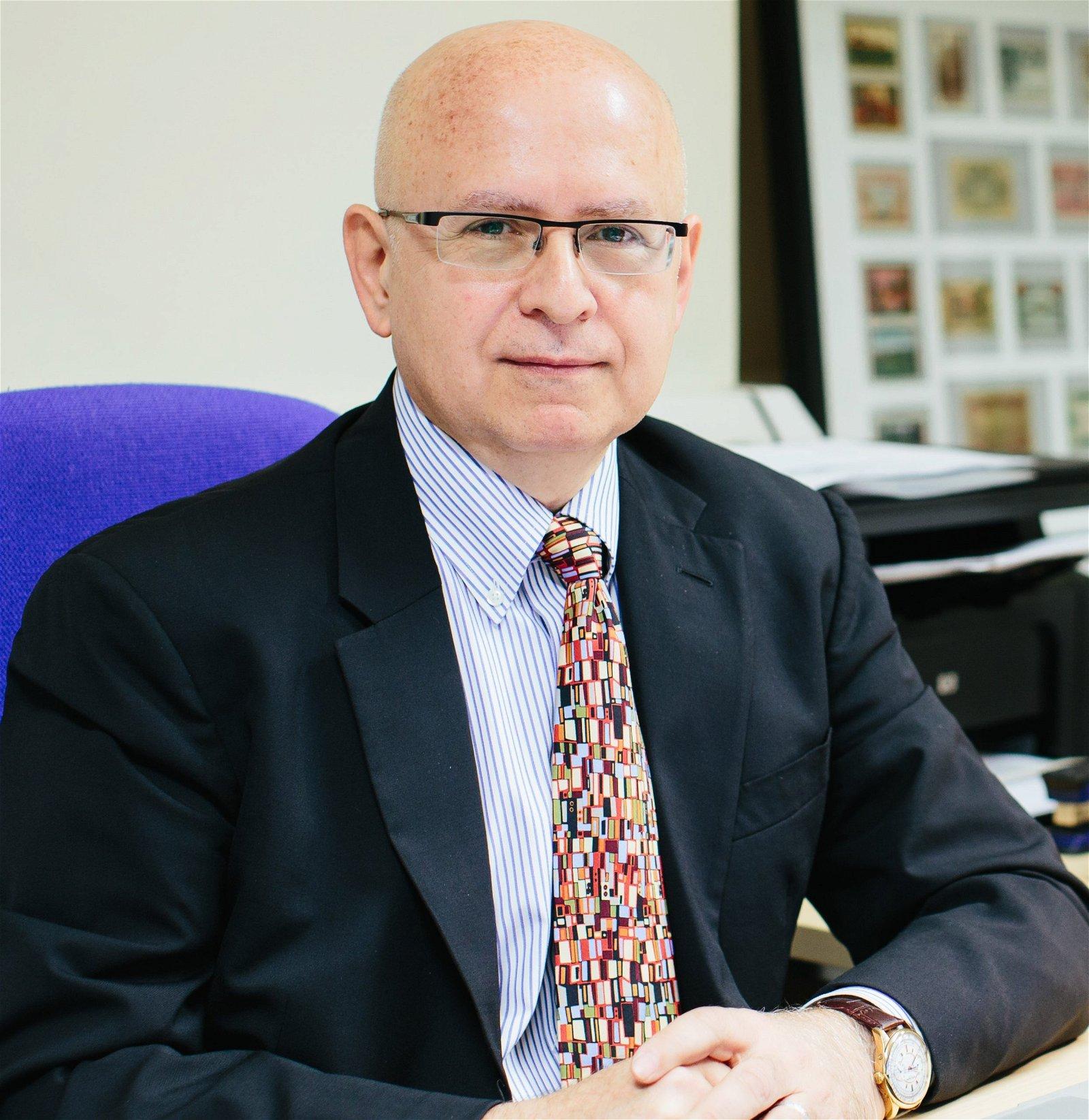 Timothy Devinney Speaker