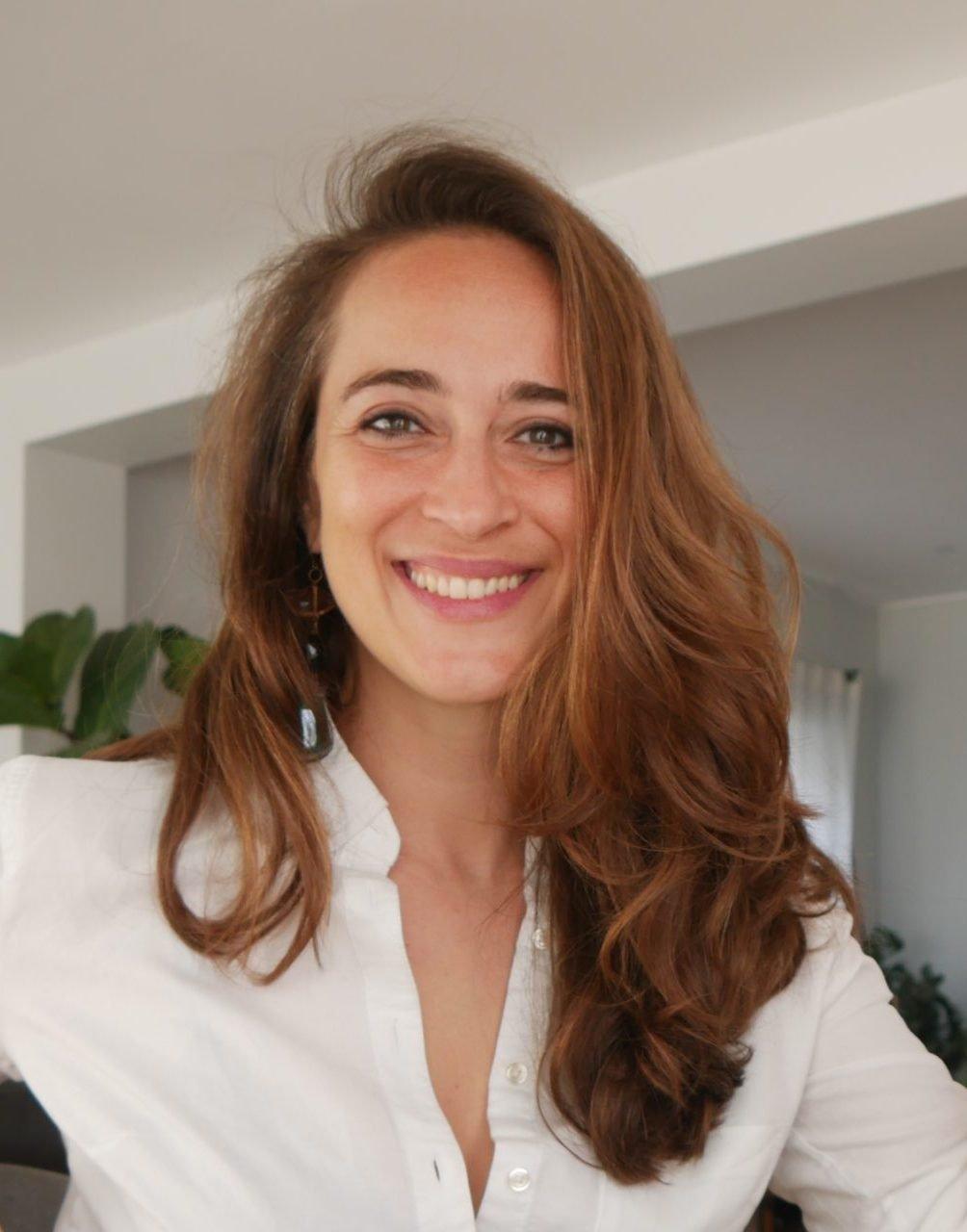 Veronica Amarelle smiling