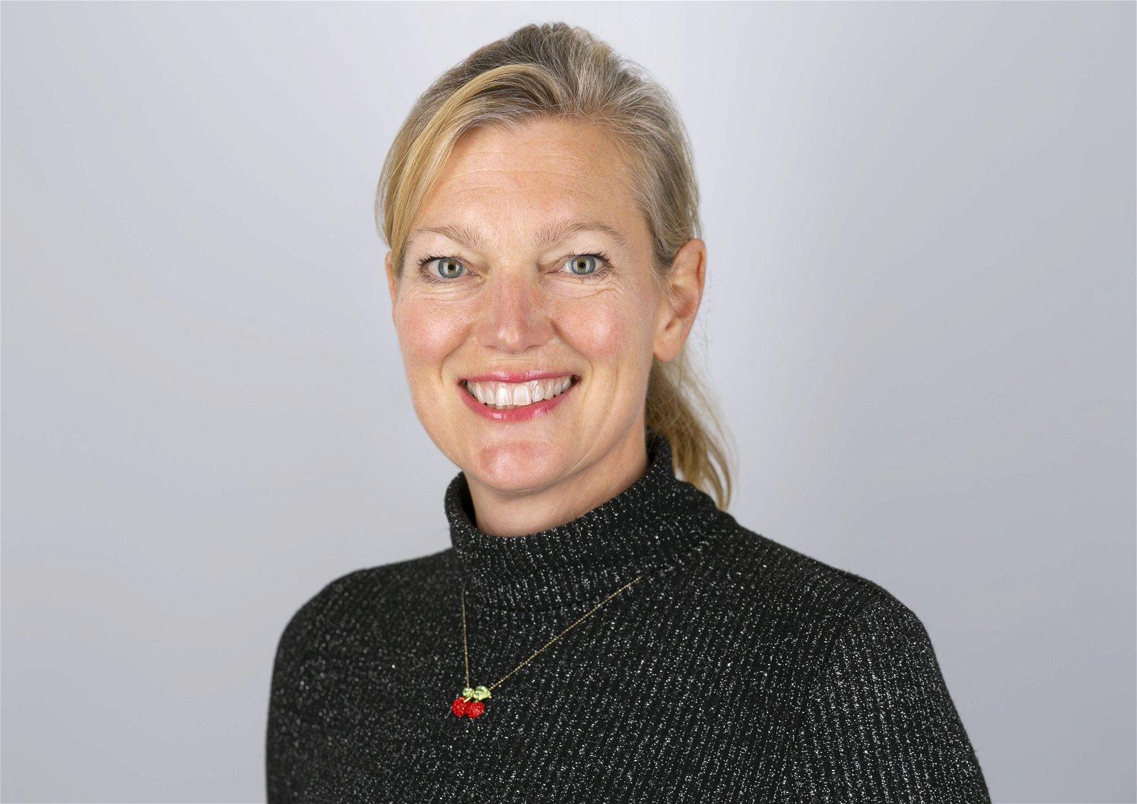 Holly  Mackay Speaker